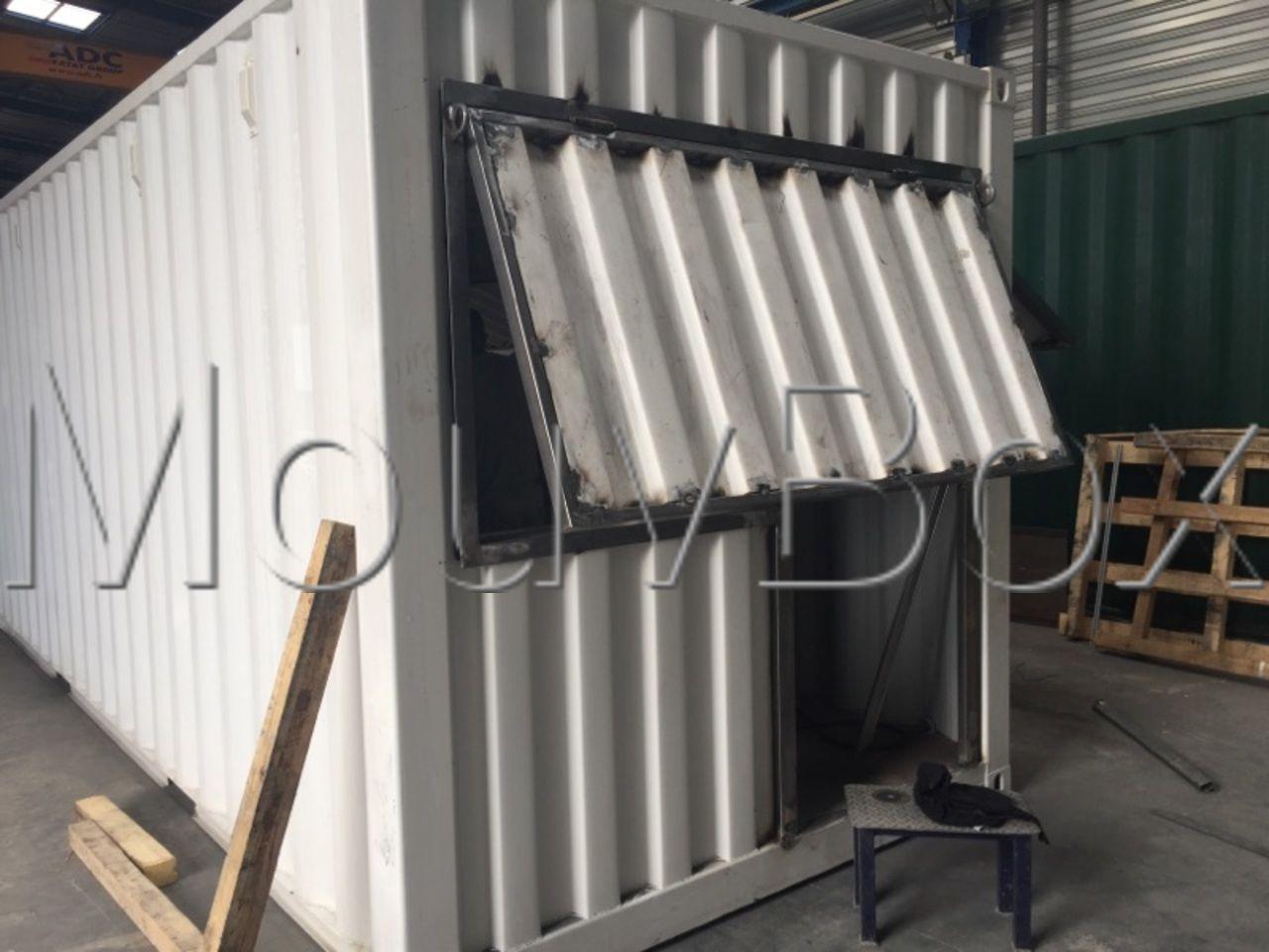 atelier-conception-realisation-transformation-conteneur-container-snack-box-vente-mouvbox