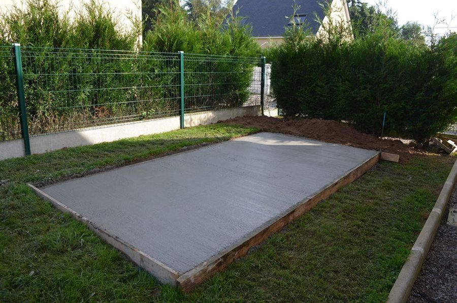 Beautiful Dalle De Beton Abri De Jardin Photos - Matkin.info ...
